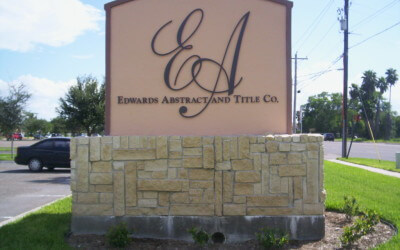 4 Ways to Enhance Your Monument Sign with a Synthetic Finish