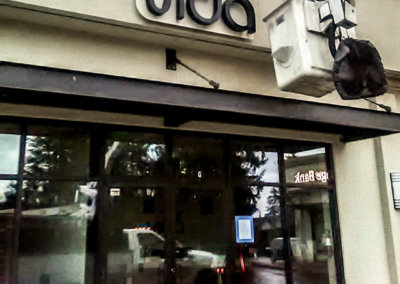 Vida Building Sign Installation 1-2