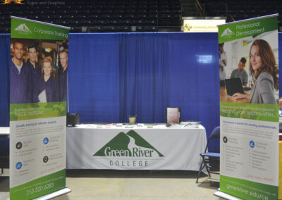 Green River College Banner and Table Throw