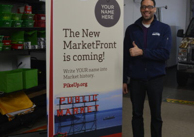 Pike Up Retractable Banner Customer