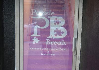 Puzzle Break Window Graphics 5
